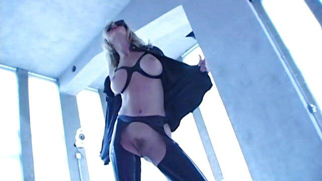 Sexe avec une pute film porno streaming vf en vidéo