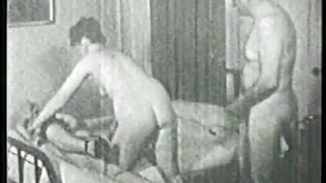 Filles essayant un nouveau film porno streaming francais gratuit vibromasseur.