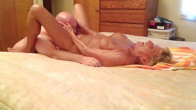 une fête entre filles avec des mecs à la porno fr streaming recherche