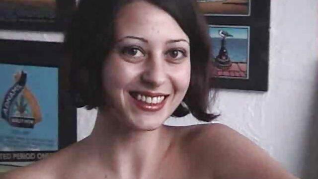 salope brune aime filmporno francais complet sucer des bites et se masturber