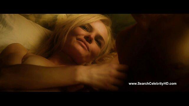 Blonde française aux petits seins porno film complet francais et anale
