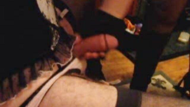 Baiser une pom-pom girl film porno en streaming vf d'université