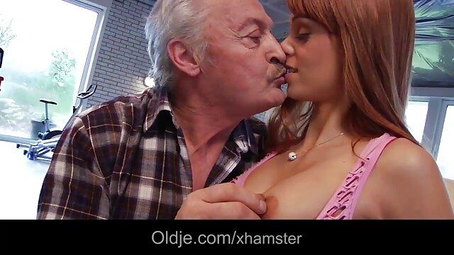 Quelques Cunting Action avec une rousse film porno vf complet aux gros seins