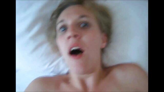WEBCAM FILLES film erotique complet francais 3