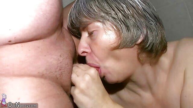 Plantureuse belle-mère donne french porn film streaming sa chatte