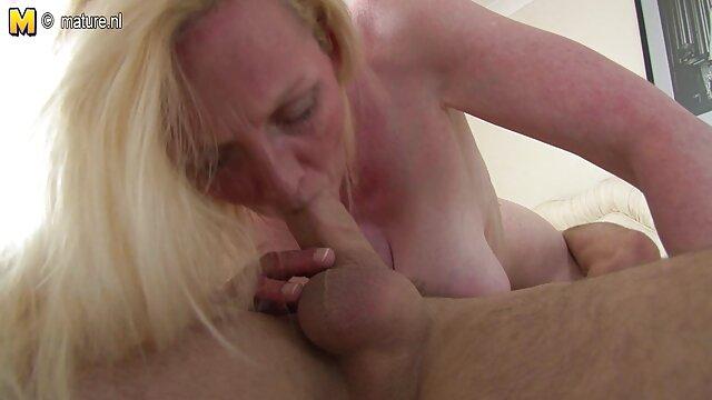ménage à streaming film porno francais complet trois lesbien (qui est l'actrice?)