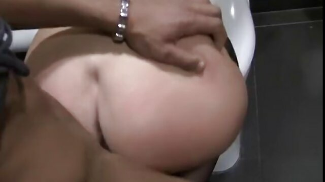 Tante avec un porn stream fr jeune garçon