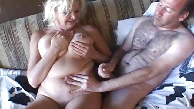 La salope britannique Faye Rampton en action lesbienne avec gode ceinture film porno francais streaming