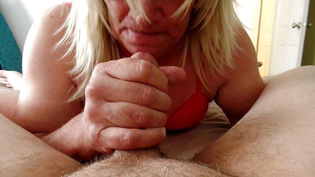 Ado aux petits seins mais porno fr streaming très anale
