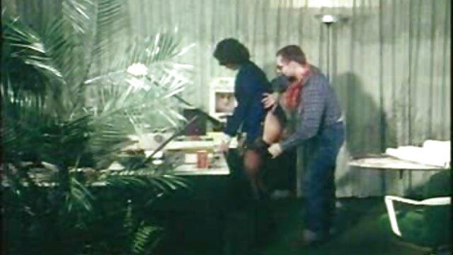 Une milf rousse en bas et bottes baise film streaming francais porno